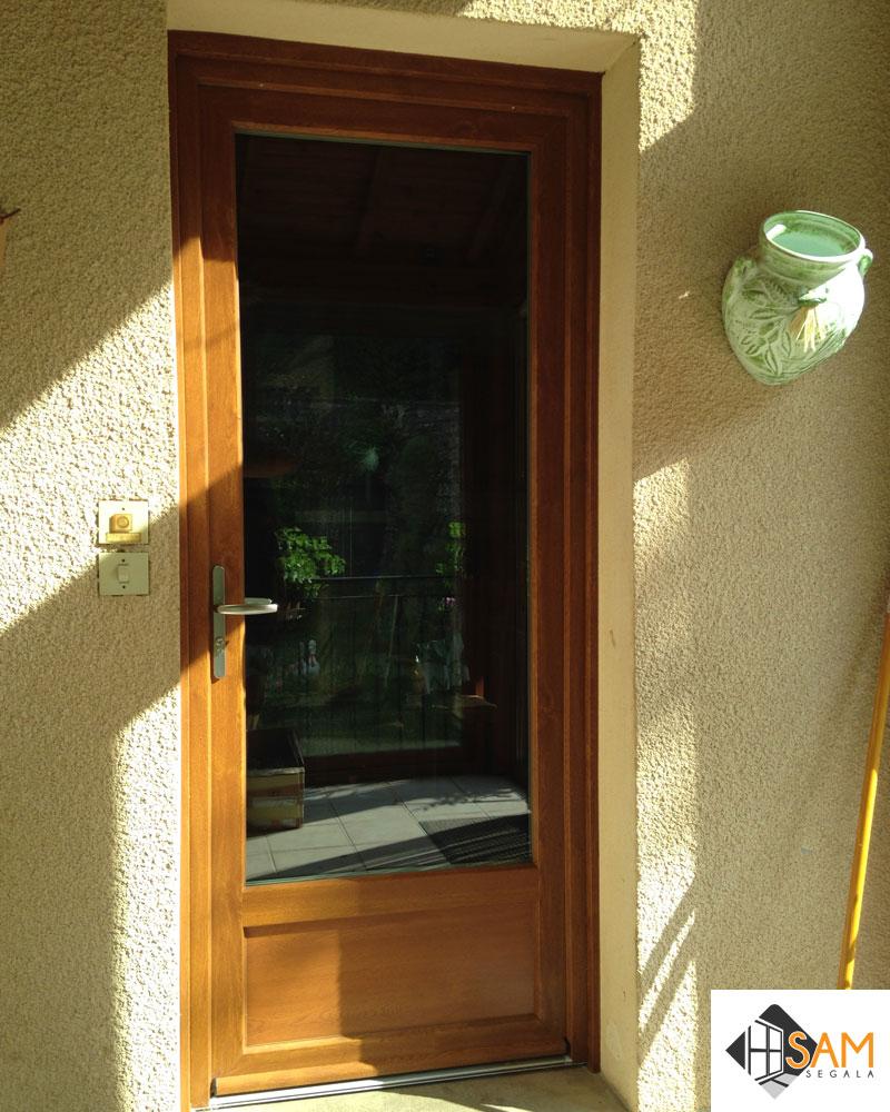 Porte PVC plaxée chêne doré