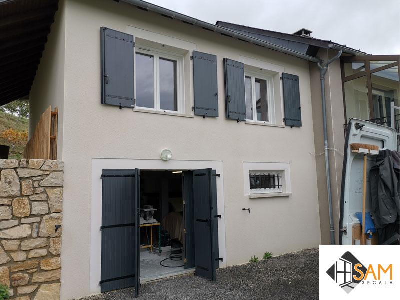 Volets battants aluminium et fenêtres PVC