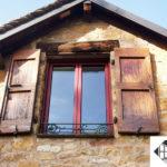 Fenêtre 2 vantaux aluminium – Coloris rouge Ral 3004